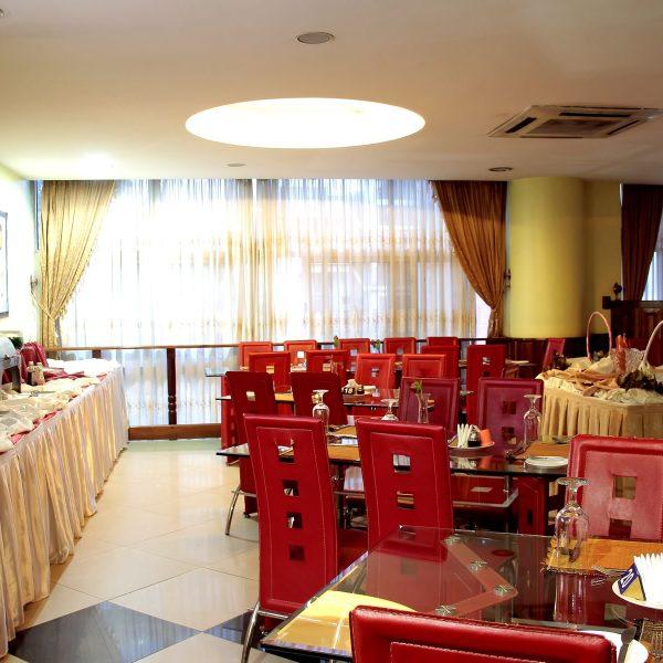 Tastes Restaurant-1